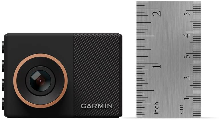 In the enormous market of dash cameras, many tiny models come with restricted features, and other bulky cameras include all the features of a dashcam. The Garmin dash cam 55 has successfully managed to grab the sweetest spot, delivering the highest quality videos, well-implemented security features, and an outstanding compact design. Garmin is one of the best-trusted brands that are renowned for the manufacturing of dashboard cameras at the forefront of car accessories. Thus when you take a quick look at the specifications of the Garmin 55, you will come across a simple, minimalist, comfortable, and light device. With the capacity to record HD videos, Garmin Dashcam 55 offers more than what its size can deliver. In this Garmin dash cam 55 reviews, we will be describing the entire product in detail along with its advantages, disadvantages, accessories present in the packages, and the most commonly asked questions. So, continue to read on to know what we are talking about.